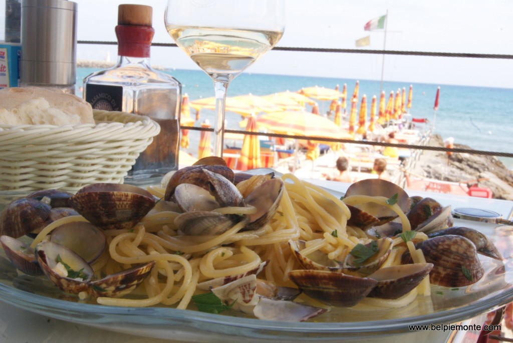 a plate of spaghetti with mussles plus a glass of wine and life is immediately better...