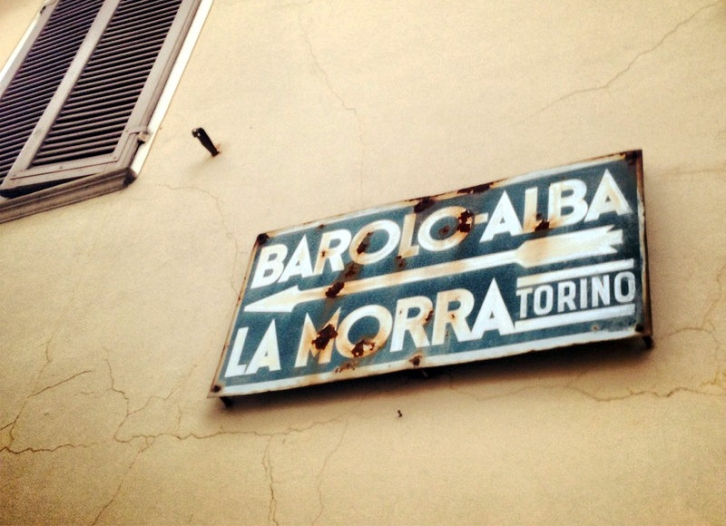 Which way to La Morra?