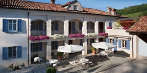 Where to stay in the Langhe: Agriturismo Marcarini